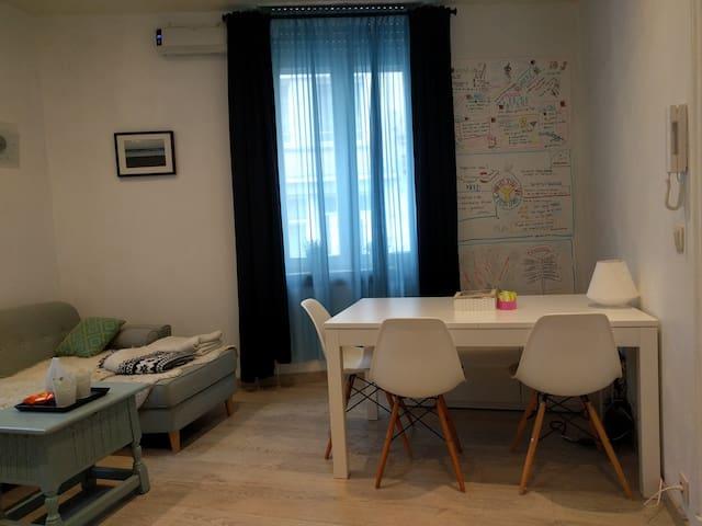 Blankenberge studio nabij winkelstraat en zee
