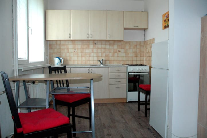 Apartament Most - Red