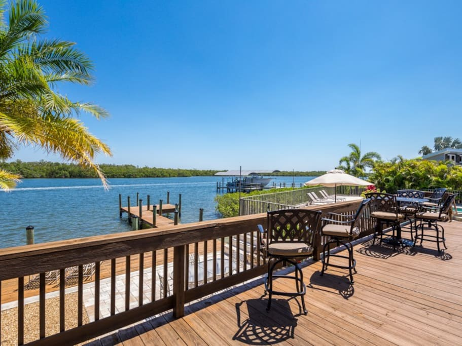 Spacious deck overlooking the bay