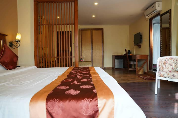Suite at Dom Himalaya Hotel