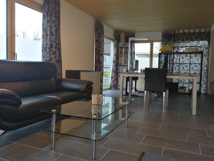 Studiowohnung nahe Thun  / ruhige Lage