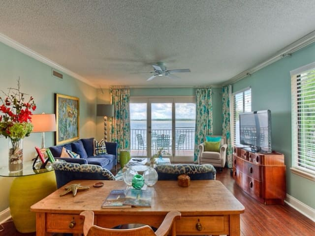 301 at Pier Pointe Beach Front - Saint Simons Island - Appartement