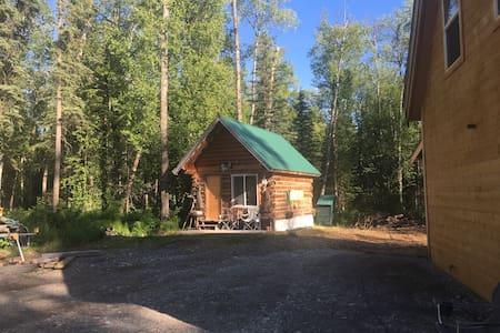 Real cozy Alaska cabin. Tranquilty - Cabaña