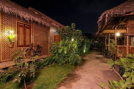 Super Single Bedroom in Yogyakarta - Rumah