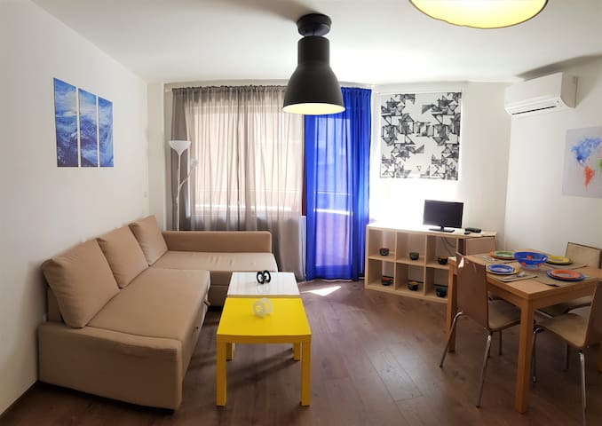 Brand new spacious 1-bedroom Sea Garden apartment