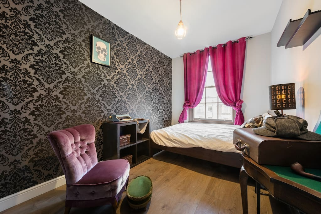 Little sherlock in kings cross chambres d 39 h tes louer for Chambre d hote londres