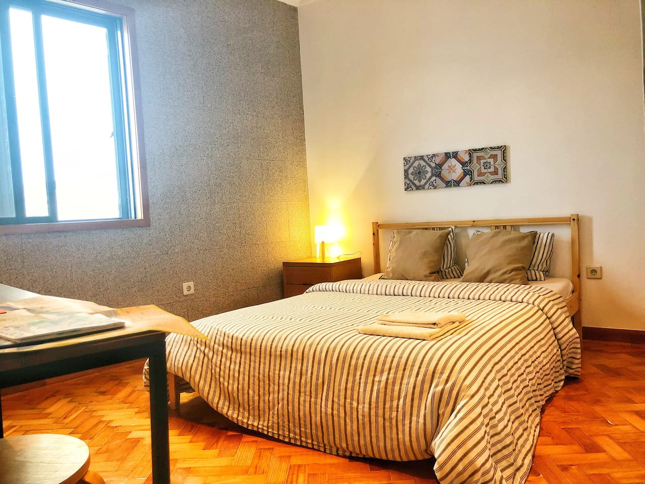 bedroom Tinto- Shared bath