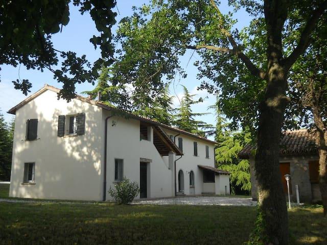 appartamento in casa di campagna - Montecalvo In Foglia - Apartmen