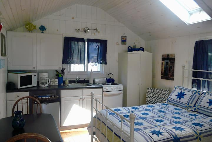 Cozy Tiny House in Kennebunk