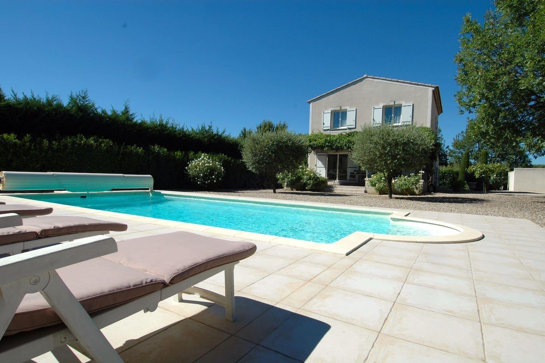 Belle maison avec piscine au cœur du Luberon