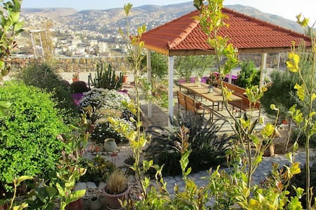 Petra Bed and Breakfast - double room - Wadi Musa - Bed & Breakfast