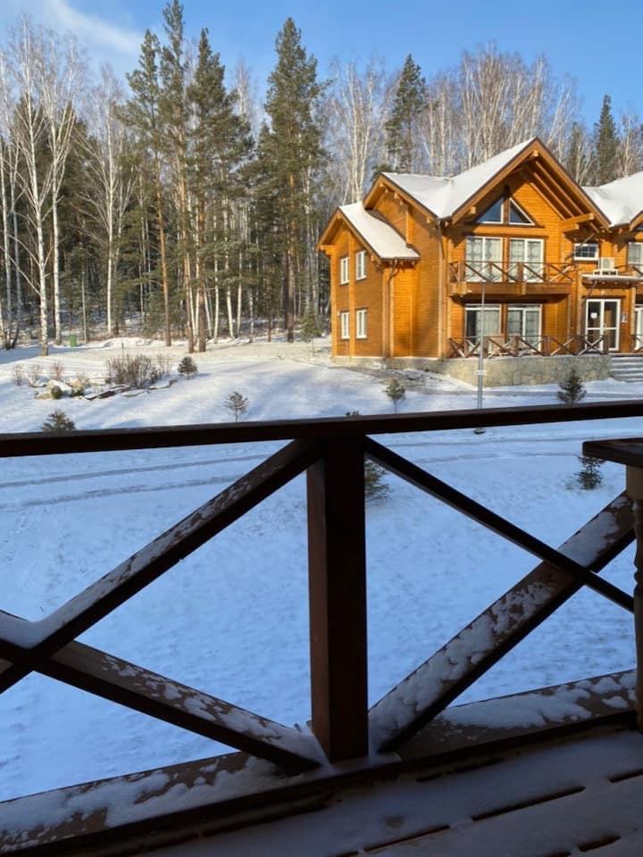Sunny Valley-домик в горах