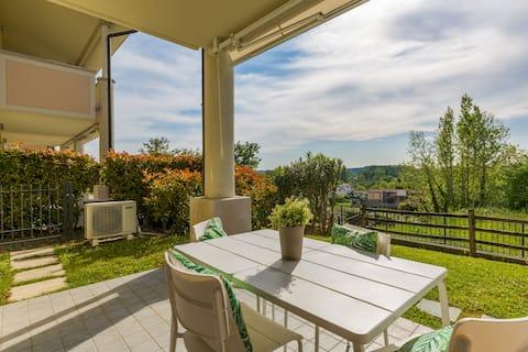 """""""Casa Giulia"""" cn giardino e piscina Lago di Garda"""