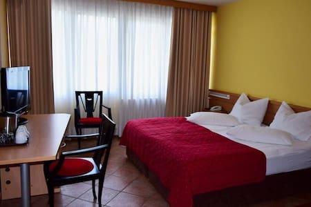 Hotel Ljubljana Resort-dbl room2 - Ljubljana