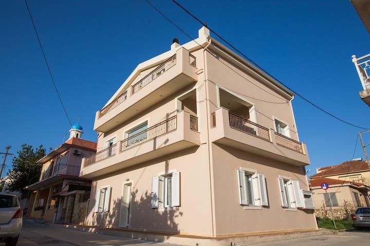 Sofia's Delightful Apartment in a Lovely Area - Argostoli - Casa