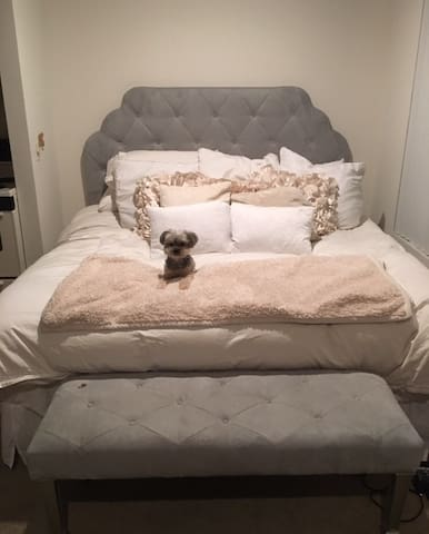 King size bed, little one not included