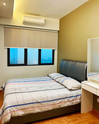 Cosy Room near Bt Caves(2) - 5 mins to KTM station
