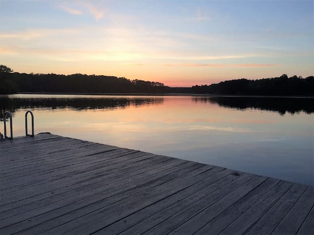Incredible views on Beautiful Lake Gaston