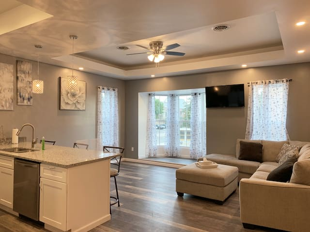 Cozy Apartment in the Heart of Downtown Logansport