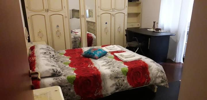 Appartamento low cost per turismo e lavoro.