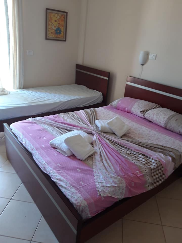Dhoma 10