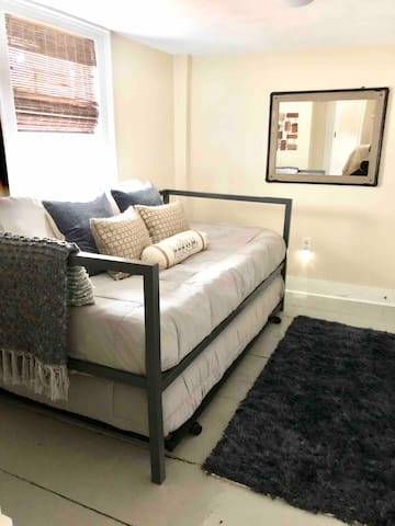 Bedroom 3 - Twin Trundle Beds