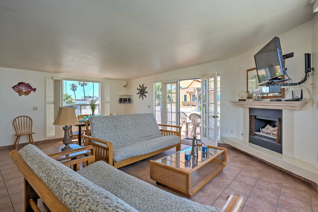 The living room features 2 futons that  double as extra sleeping accommodation.