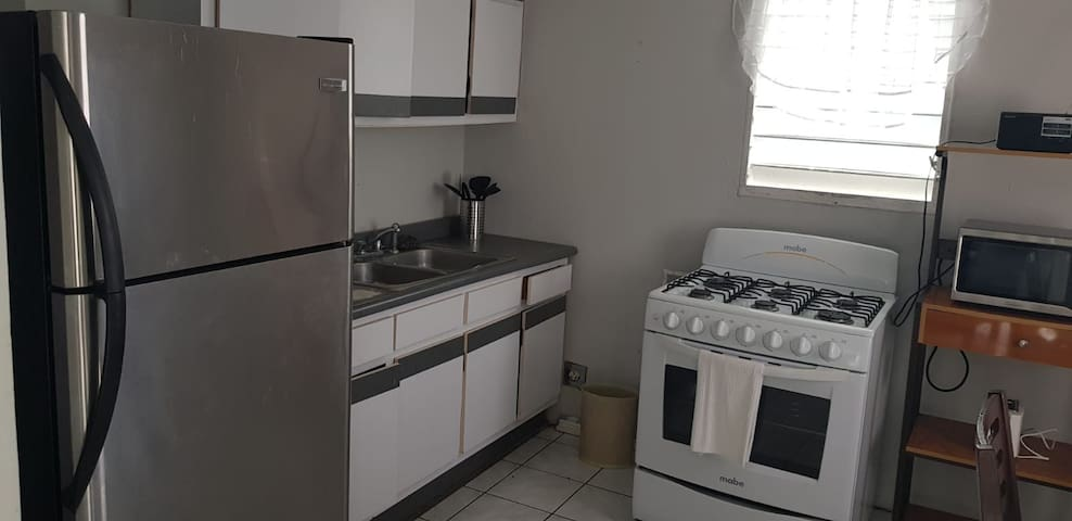 Nuevo y remodelado apartamento en Carolina.