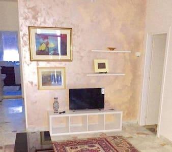 casa vacanza pistoikos - Pisticci - Apartamento