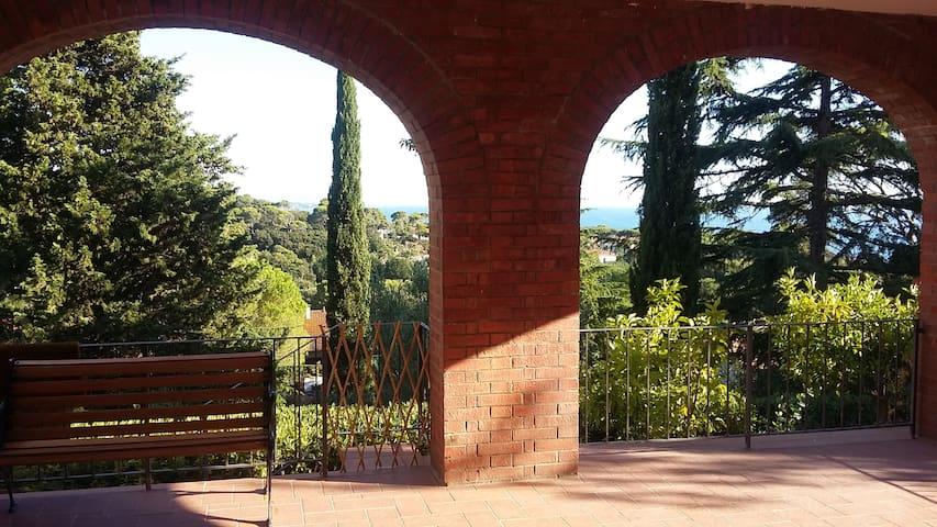 Villa panoramica Quercianella - Quercianella