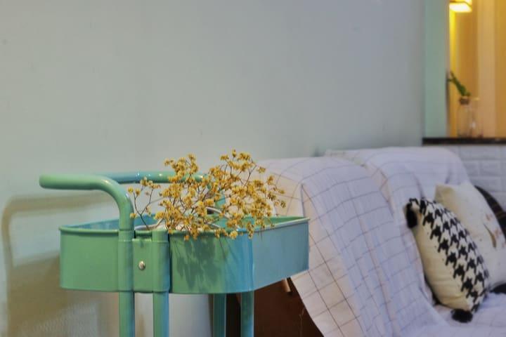 「卡布奇诺」渝中区嘉陵江旁甜蜜江景公寓,从你的全世界路过取景点
