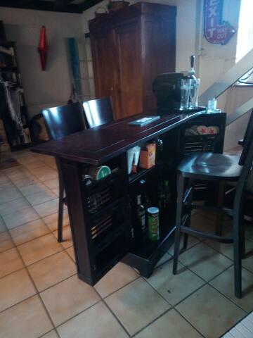 Bar dans la salle à manger
