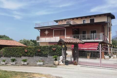 """Appartamento """"La Casa Del Sole"""" a pochi km Paestum"""