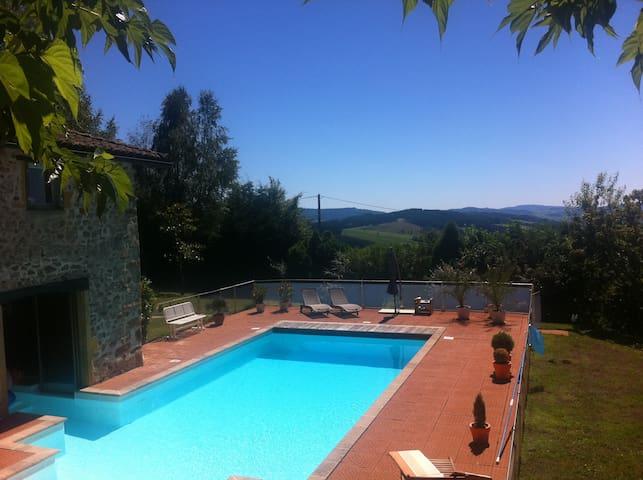 Beautiful house, Haut-Beaujolais, Lac des sapins