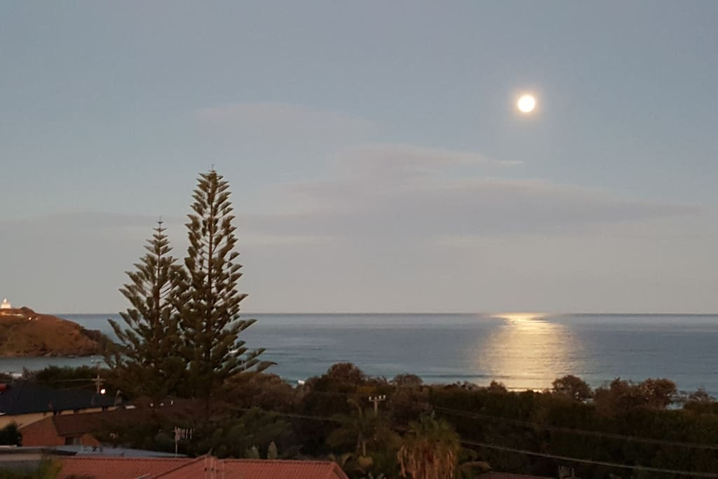 Moon rise from the balcony.