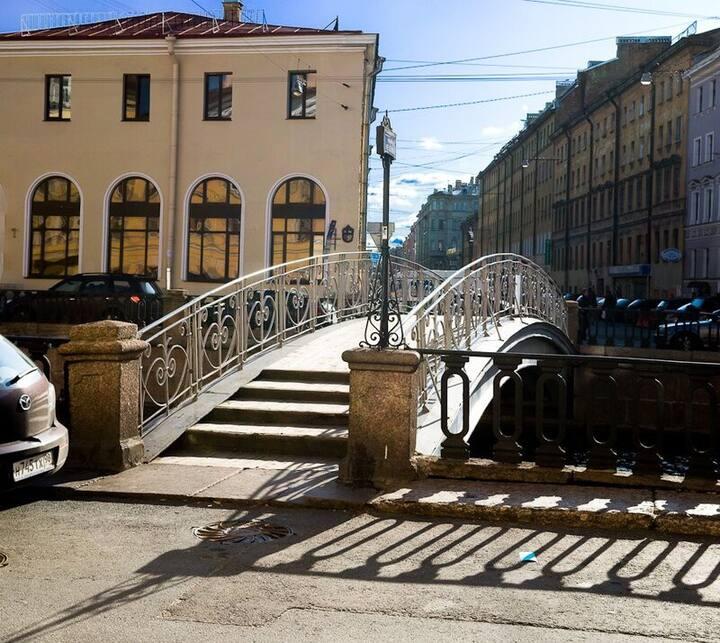 Квартира у Мучного мостика