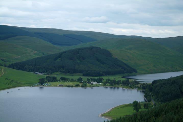 Loch View Caravan - Scottish Borders - House
