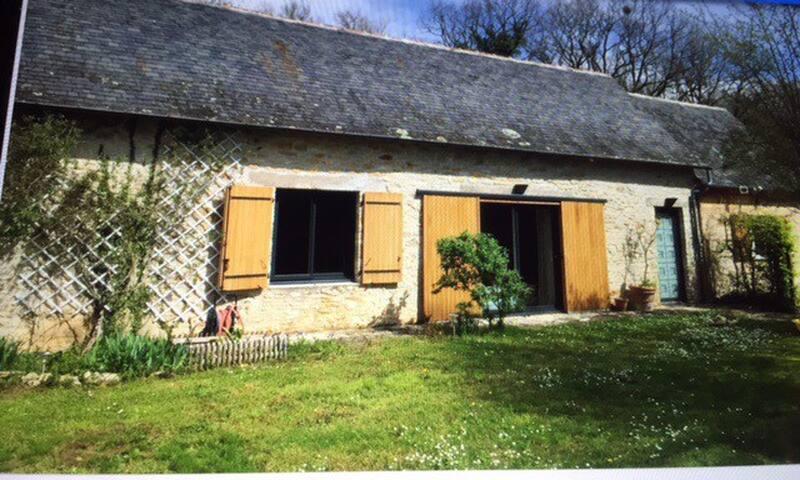 Chambre et salle d'eau privées à 15 km de Lascaux
