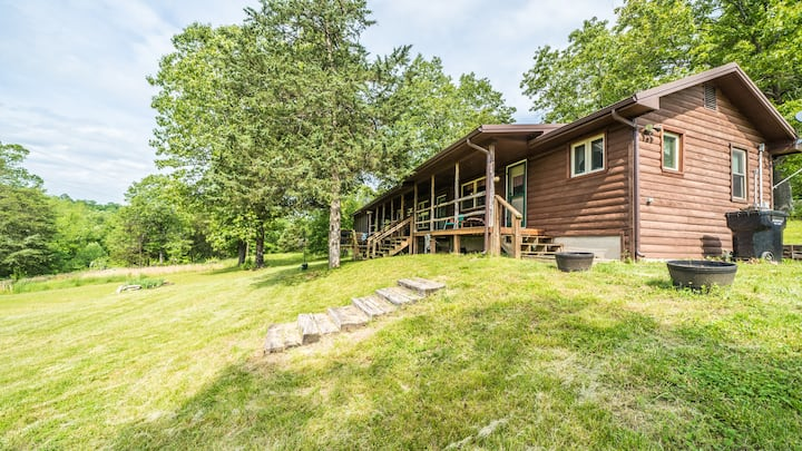 MUST SEE!!! Little Cabin on the Big Niangua River