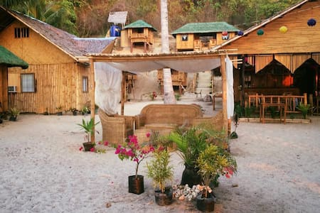 Floresita's Beach Resort (The Cottage) - El Nido - 小屋
