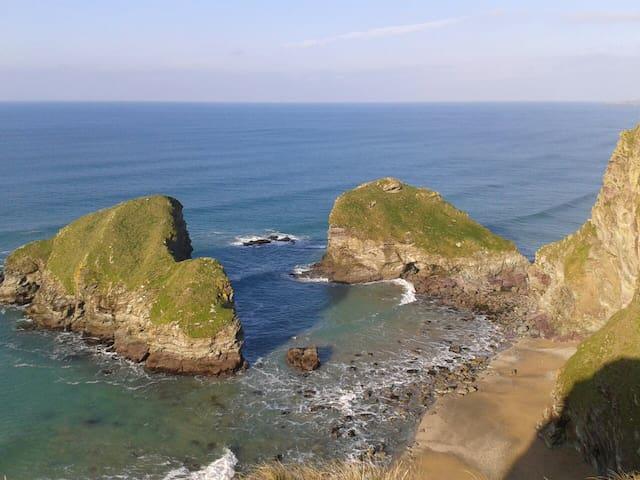 Explore Cornish Coastal Path