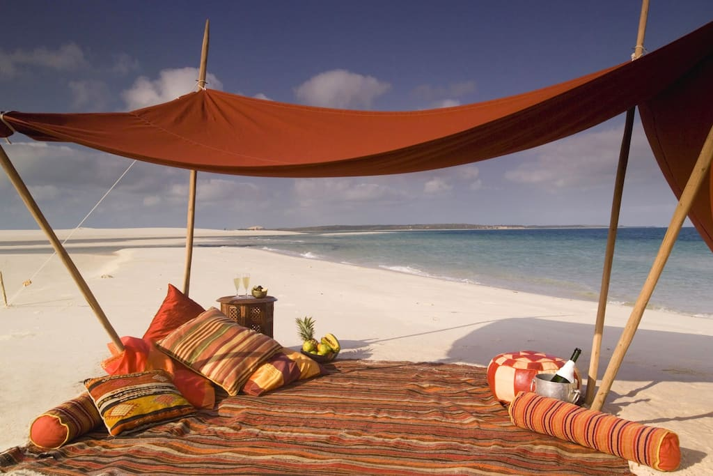 Sleep under the stars glancing out at the sea in an open air chill spot
