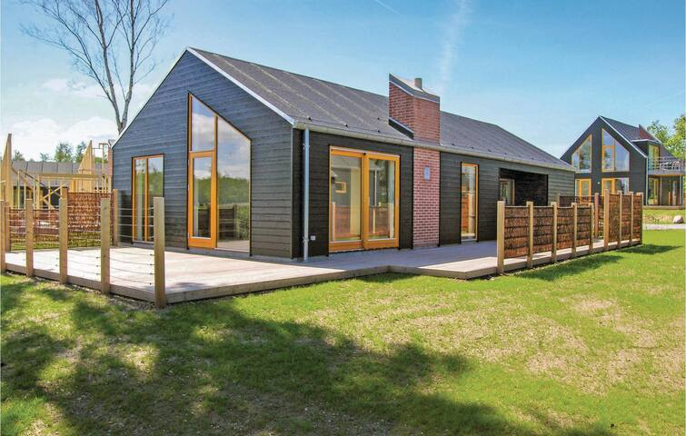 Holiday cottage with 3 bedrooms on 101 m² in Stubbekøbing