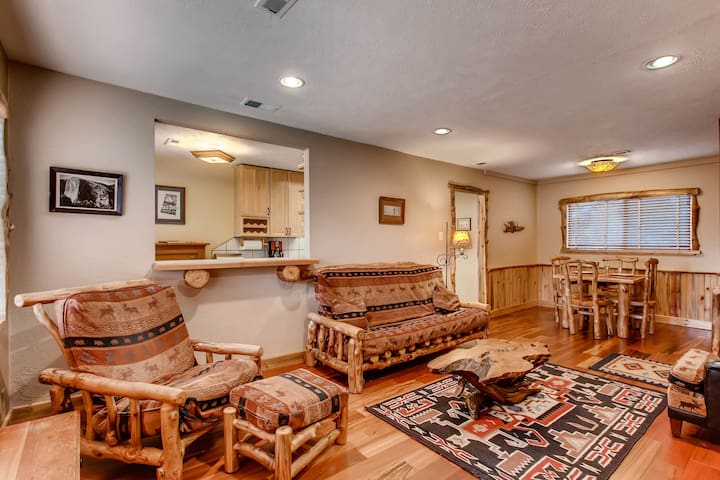 CHARMING LODGE 2 BR/Denver, 10 min from dwn twn