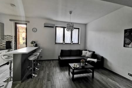 Grey's Apartment