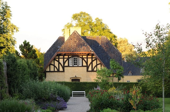 Romantic house near Gavnø Castle Garden