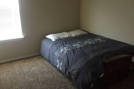 Beautiful Westside Home Room #2 - El Paso  - Huis