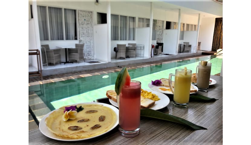 PHYPHY2, Poolside, Breakfast, Quiet location