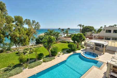 3b Large Delux Seafront Pool apt - Amathus beach - Pareklisia - Pis