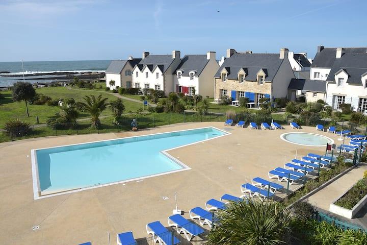 Duplex vue mer avec piscine chauffée